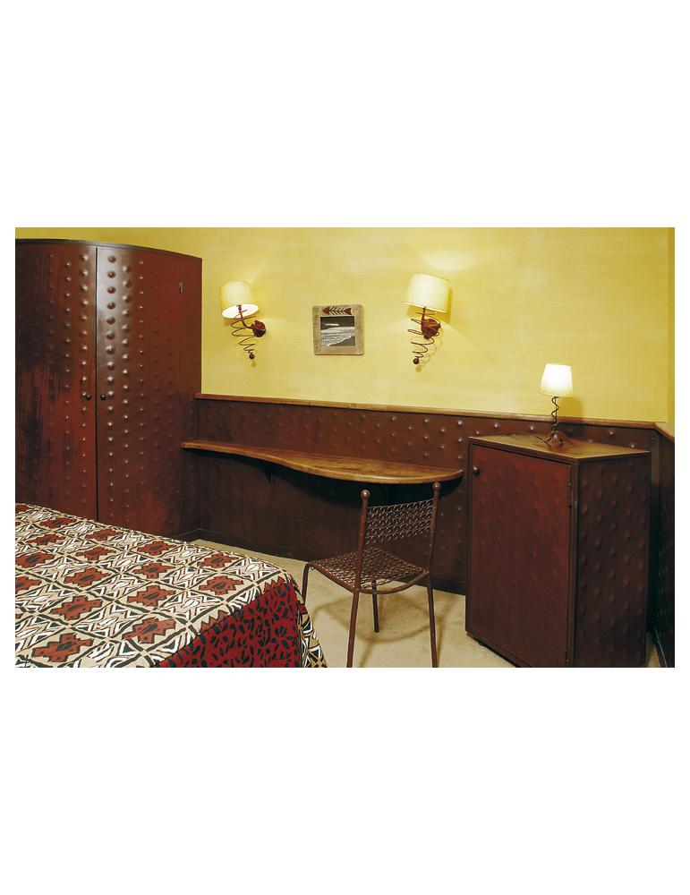 parement mural design ou mobilier suggestion d coration contemporaine. Black Bedroom Furniture Sets. Home Design Ideas